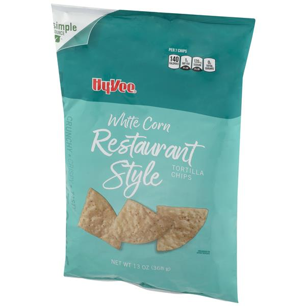 Hy-Vee White Corn Restaurant Style Tortilla Chips
